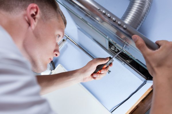 range hood repair with screwdriver